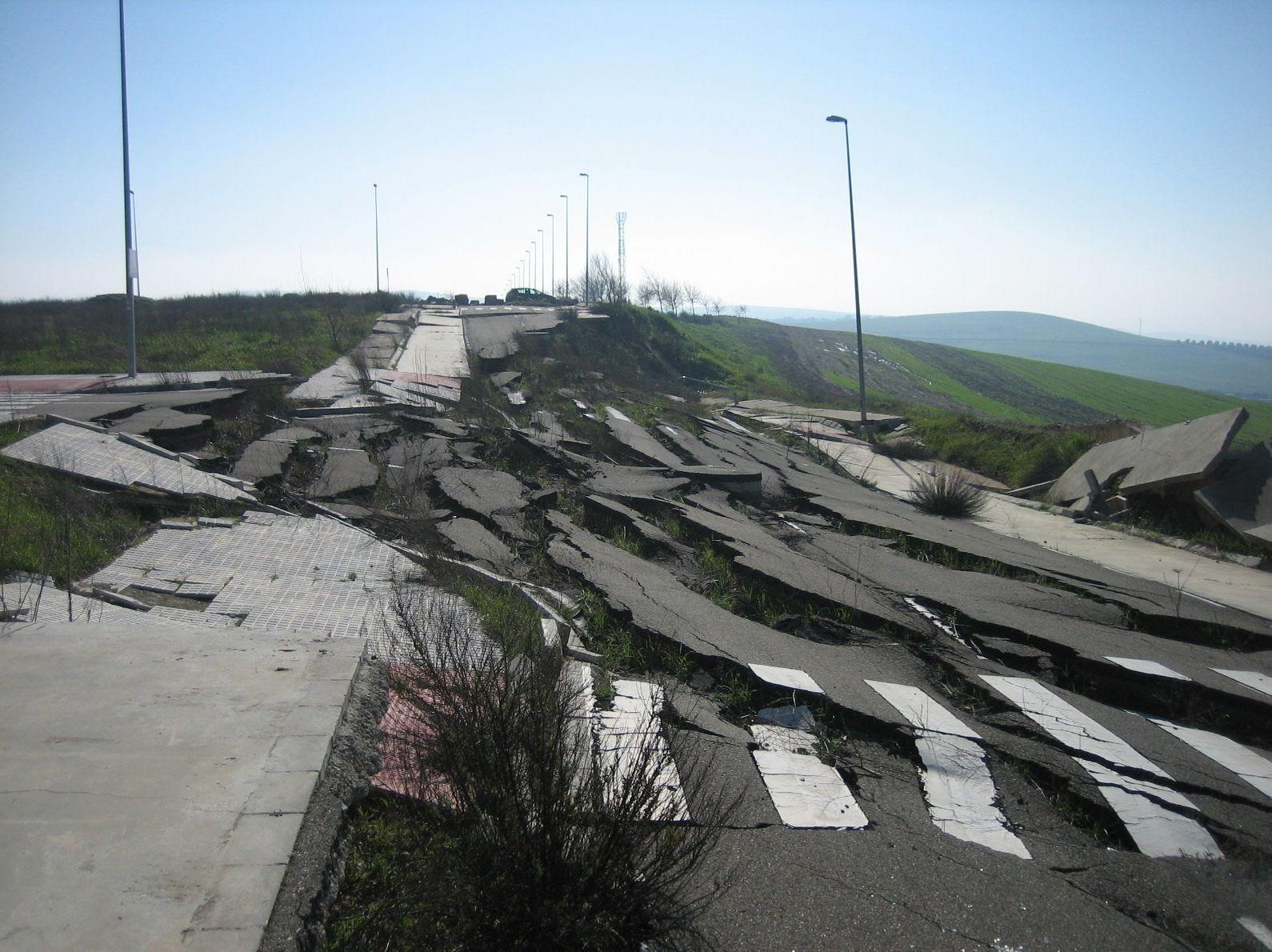 Deslizamiento en el P.I. El Olmo de Montoro (Córdoba)