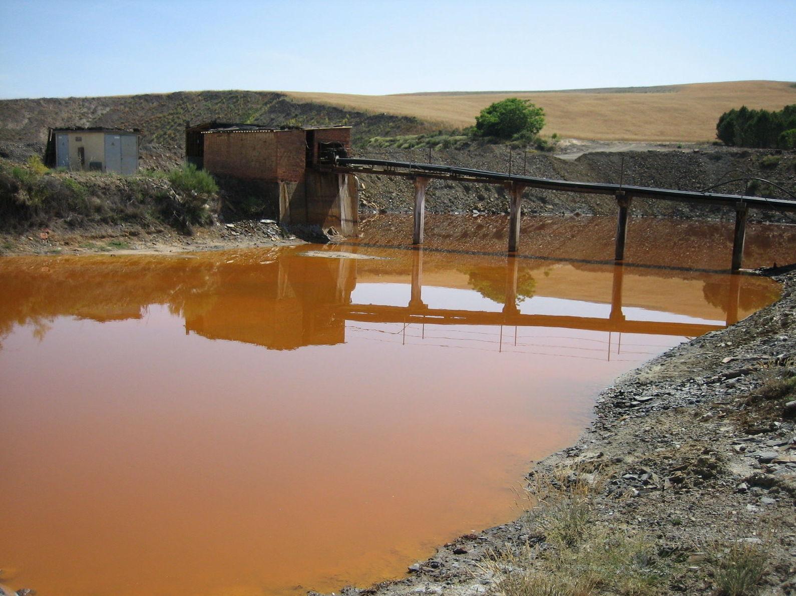 Aguas ácidas en minería de Uranio (Salamanca)