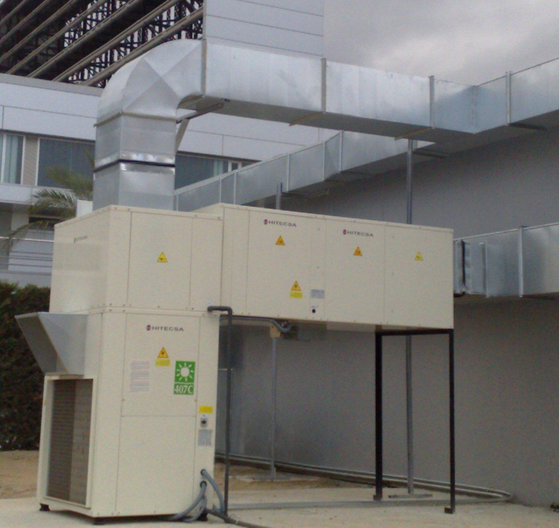 Conductor exterior para aire acondicionado