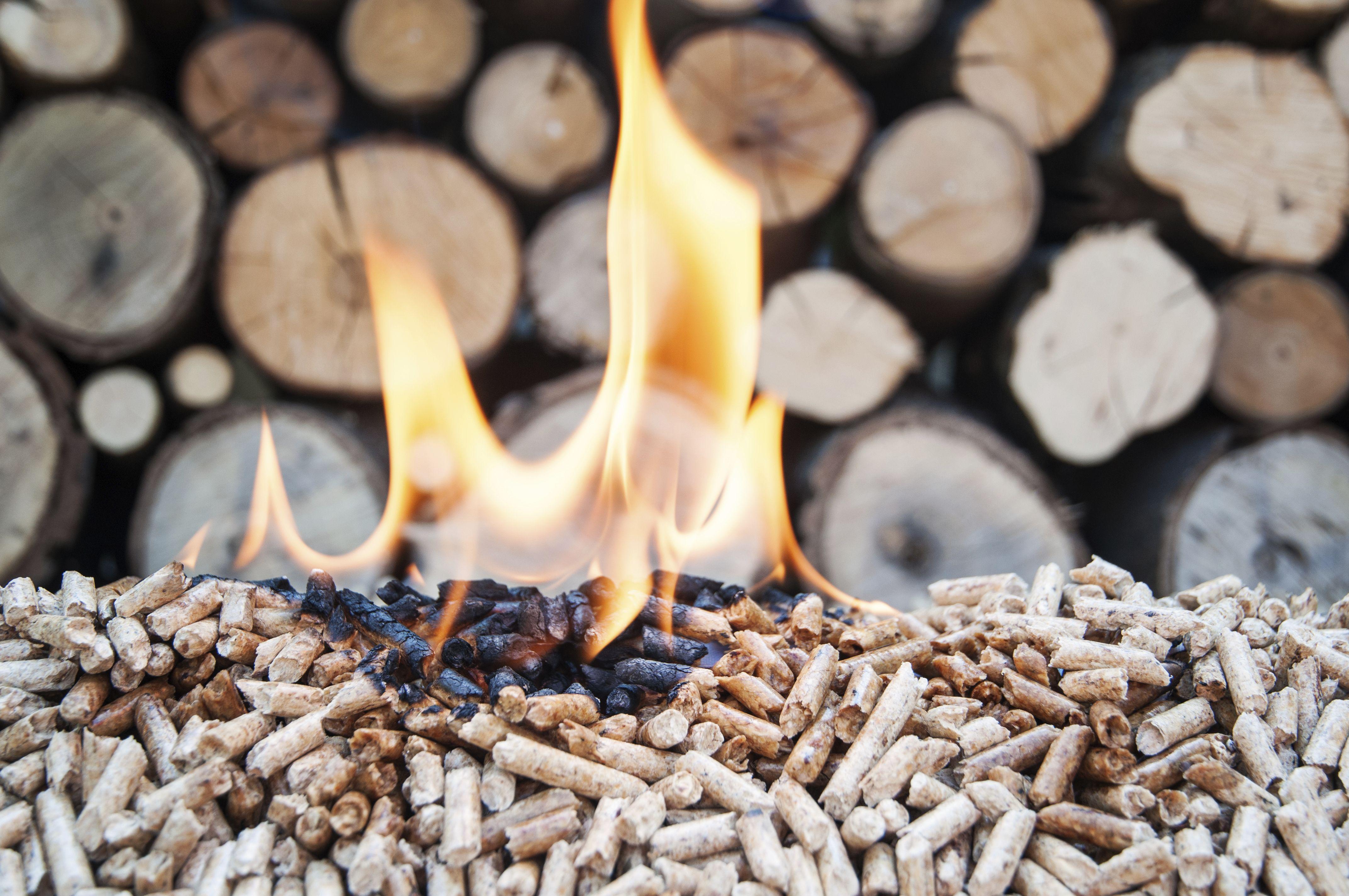 Instalación estufas pellets, biomasa, leña... Zamora