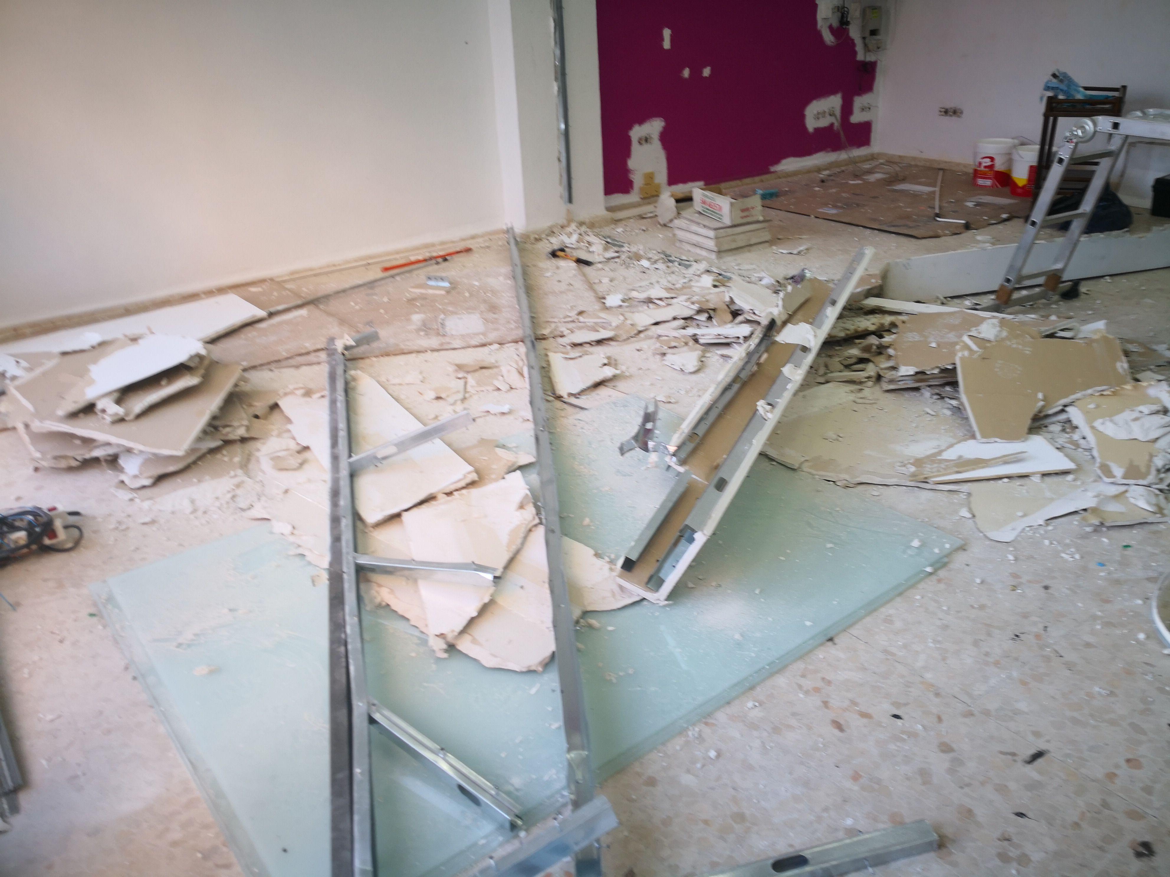 Limpieza y pintura de locales: Servicios de Limpiezas Hadassa