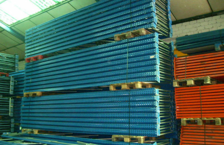 Compra y venta de estanterías: Productos y servicios de Frada