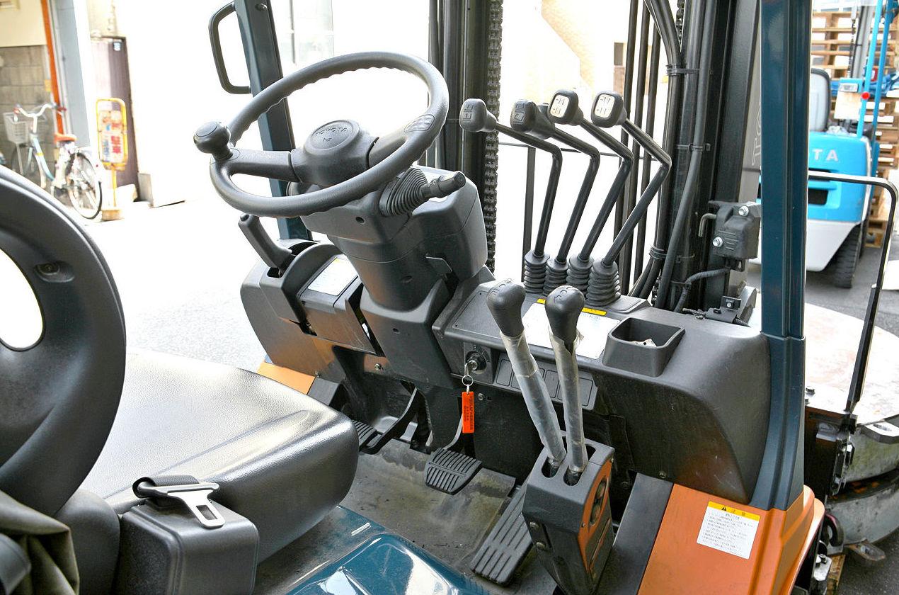 Compra y venta de maquinaria industrial: Productos y servicios de Frada