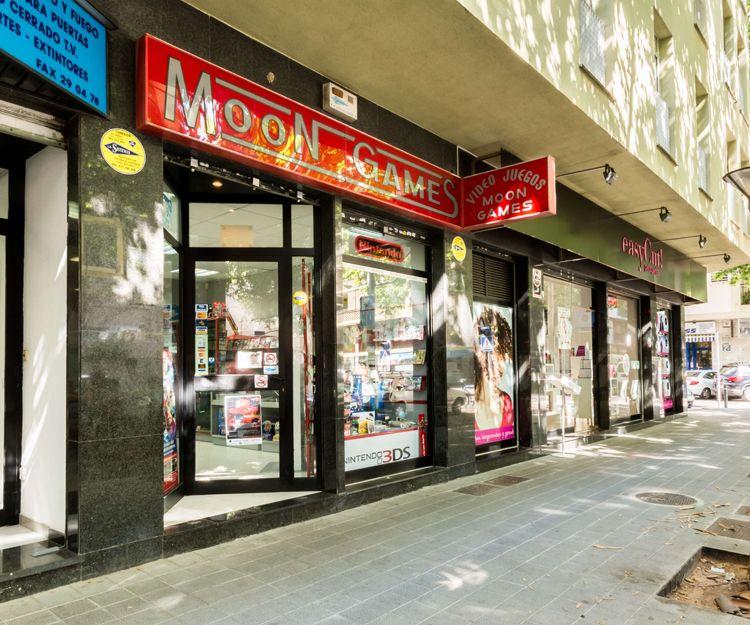 Fachada de nuestra tienda de videojuegos en Palma de Mallorca