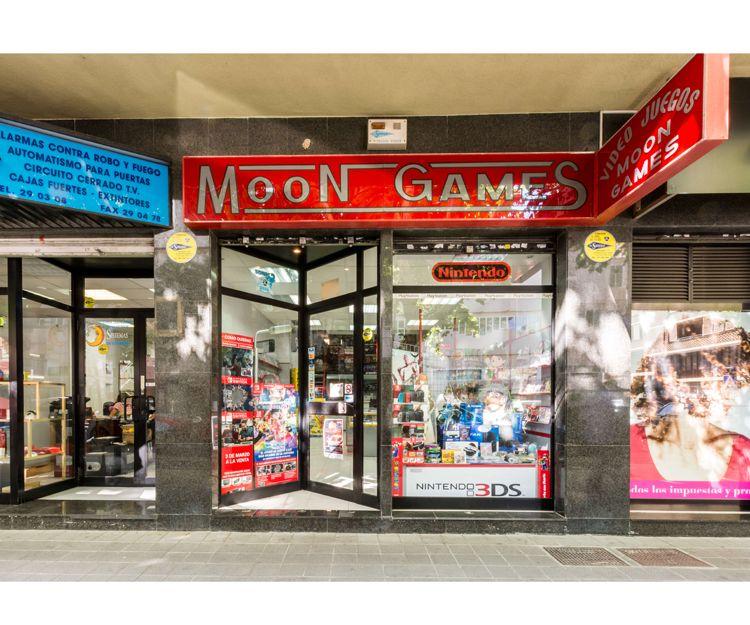 Moongames, tienda especializada en videojuegos y complementos