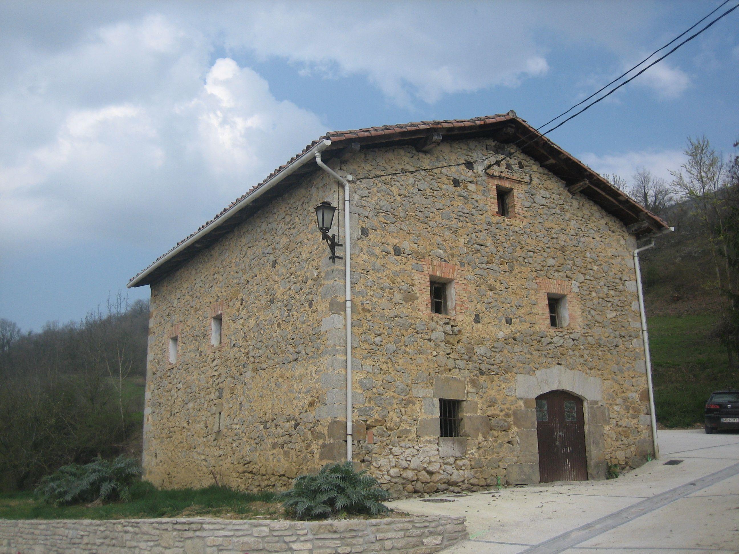 Fontanería, electricidad y albañilería