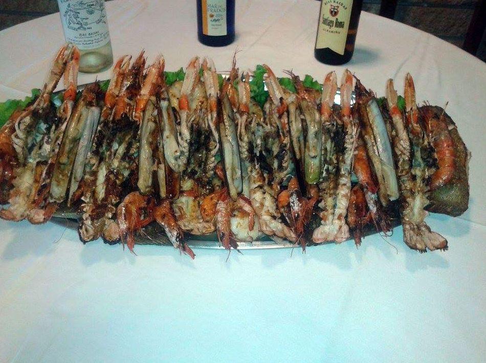 Parrillada de pescado y marisco: Carta de Mesón Restaurante A Ría