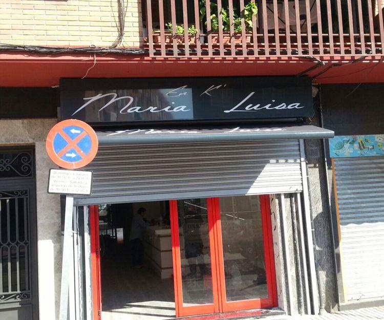 Instalación de toldos para negocios en Griñón, Madrid