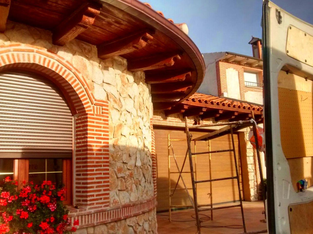 Foto 1 de Canalones en Santibáñez de Valcorba | Instalaciones Alonso