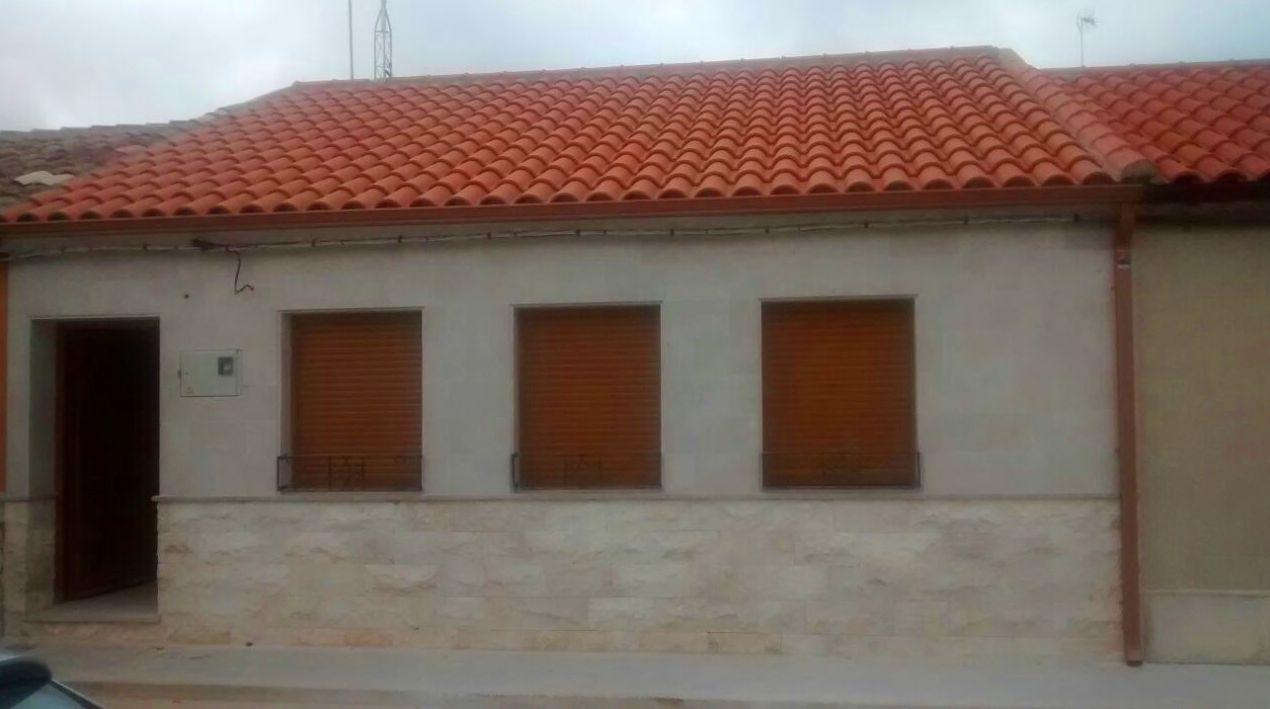 Foto 31 de Canalones en Santibáñez de Valcorba | Instalaciones Alonso
