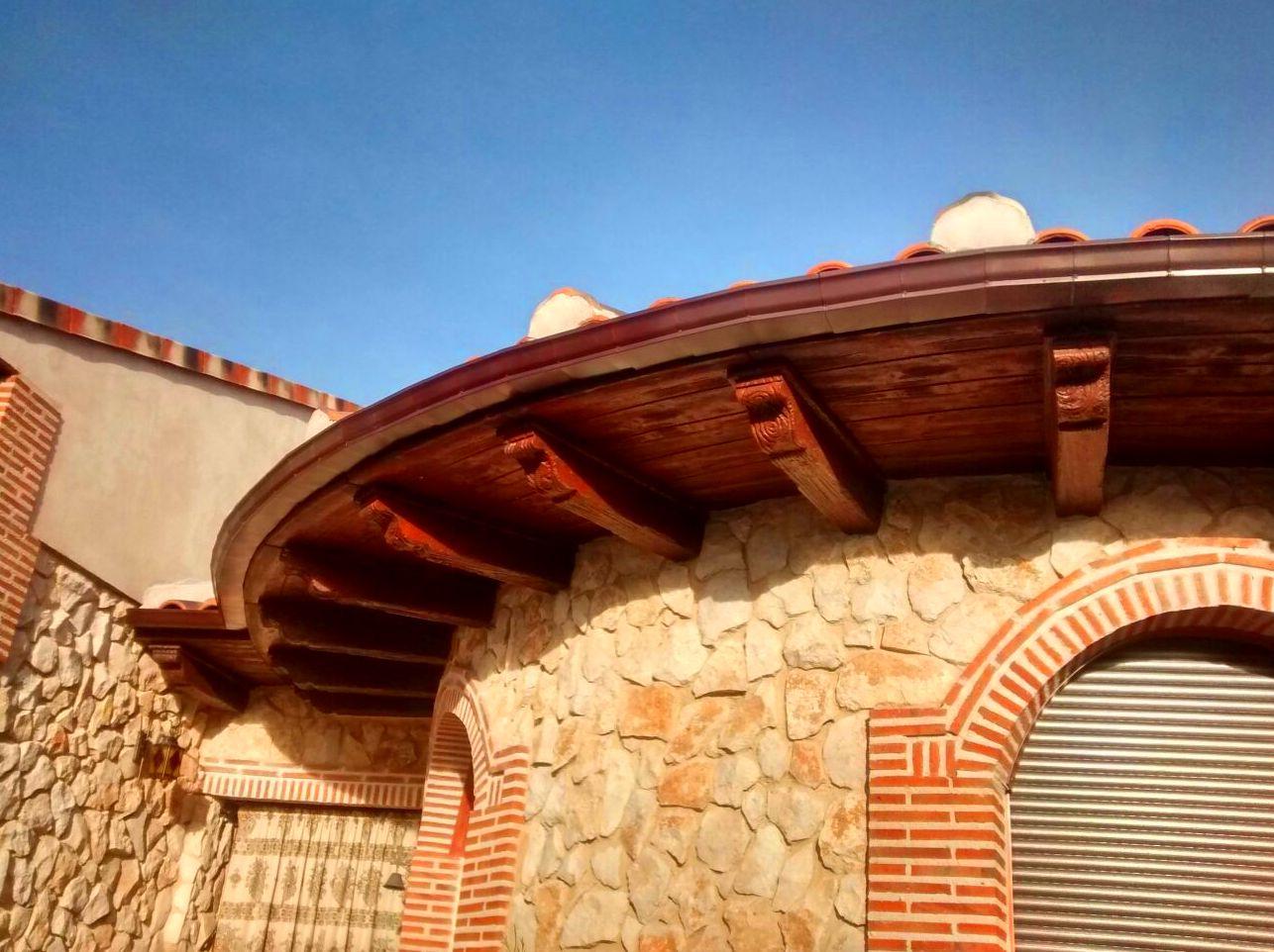 Foto 6 de Canalones en Santibáñez de Valcorba | Instalaciones Alonso