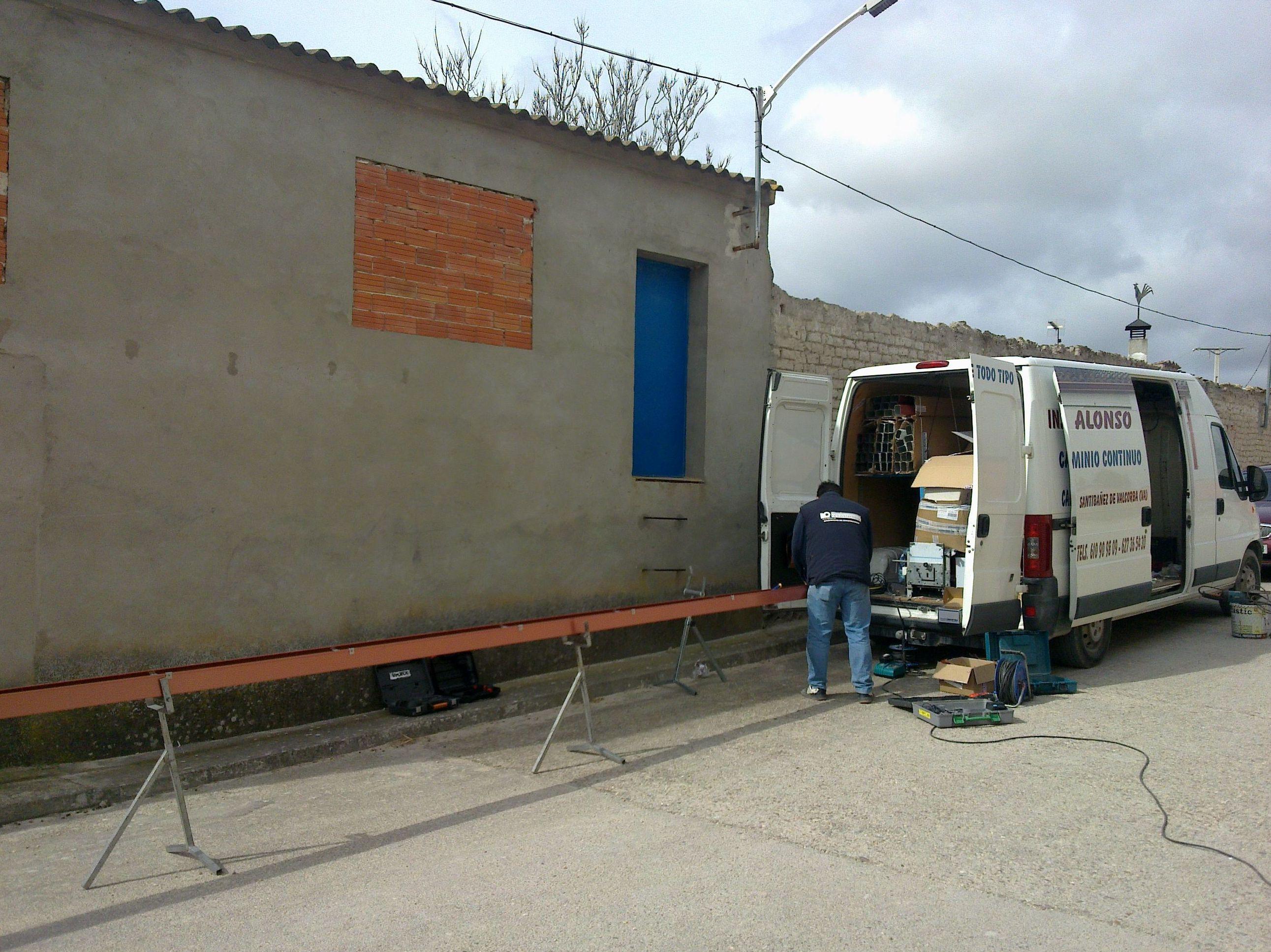 Foto 17 de Canalones en Santibáñez de Valcorba | Instalaciones Alonso