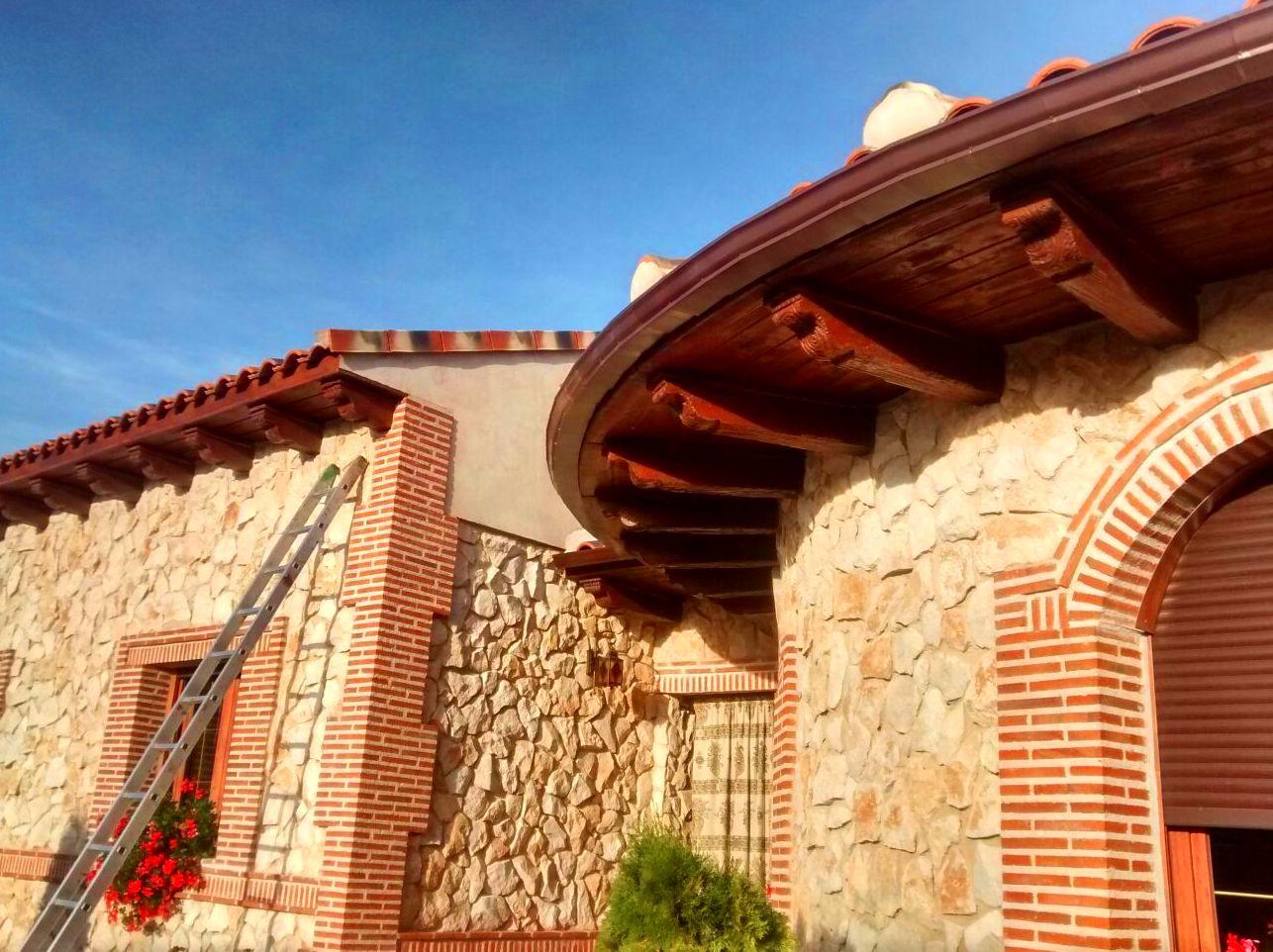 Foto 4 de Canalones en Santibáñez de Valcorba | Instalaciones Alonso