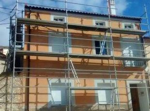 rehabilitacion de fachada,instalado canalon prelacado redondo para proteger la estetica de la fachada