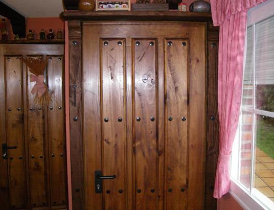 Sucesores de Manuel Marcos, fabricación de puertas rústicas de madera en Salamanca
