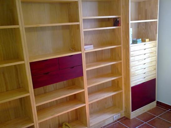 Fabricación y montaje de interiores de armario a medida en Salamanca