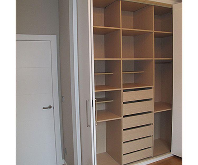 Diseño y montaje de armarios empotrados