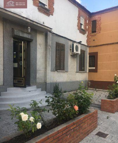 Local en Arroyo de la En comienda: Inmobiliaria de ANB Inmobiliaria