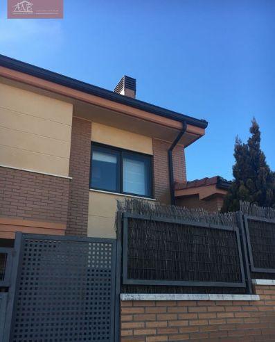 Pareado en Zaratán: Inmobiliaria de ANB Inmobiliaria