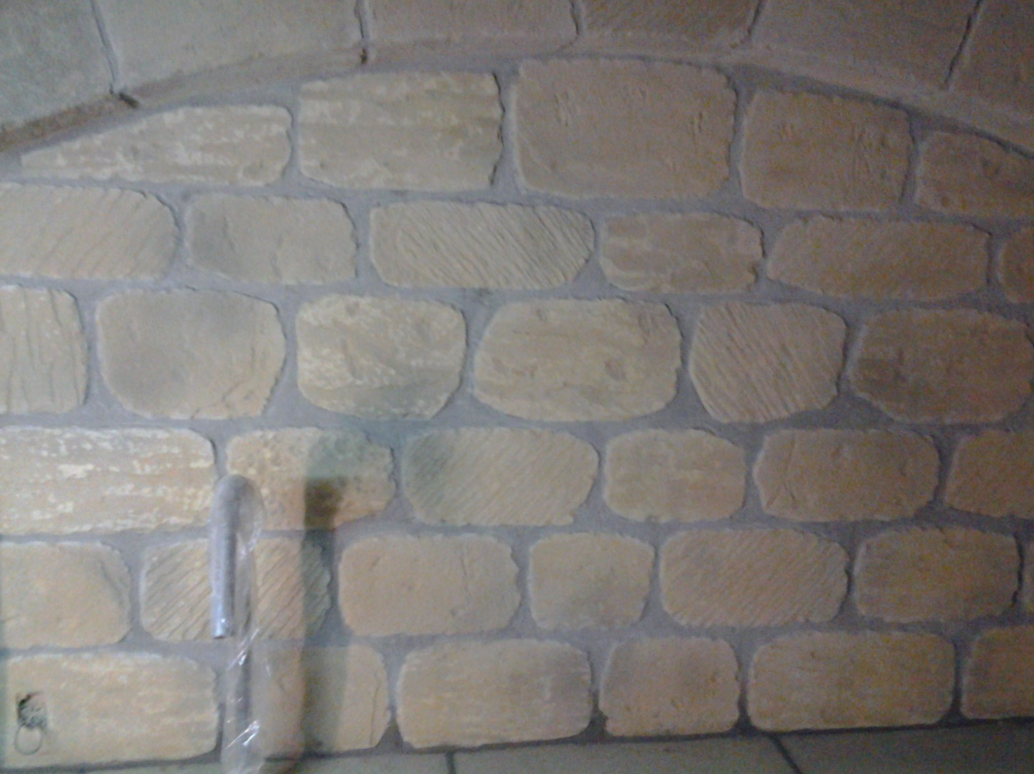 Revestimientos interiores imitación piedra en Zaragoza