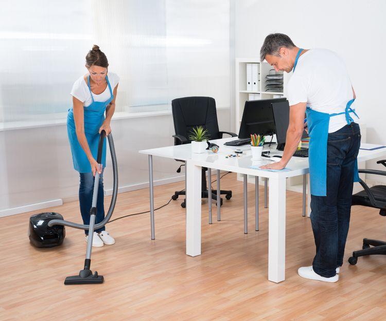 Gran equipo de profesionales para limpieza de oficinas