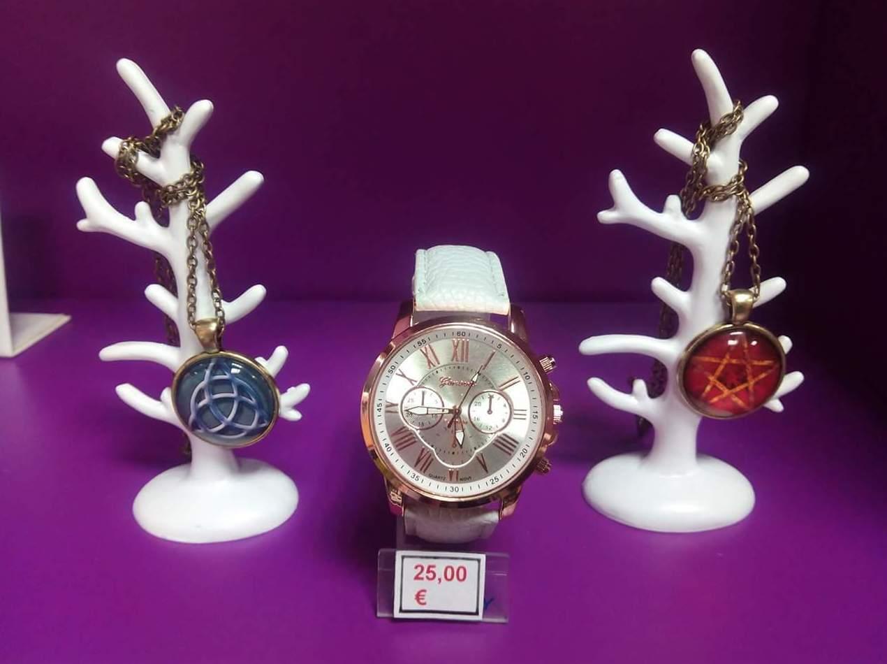 Colgantes y relojes