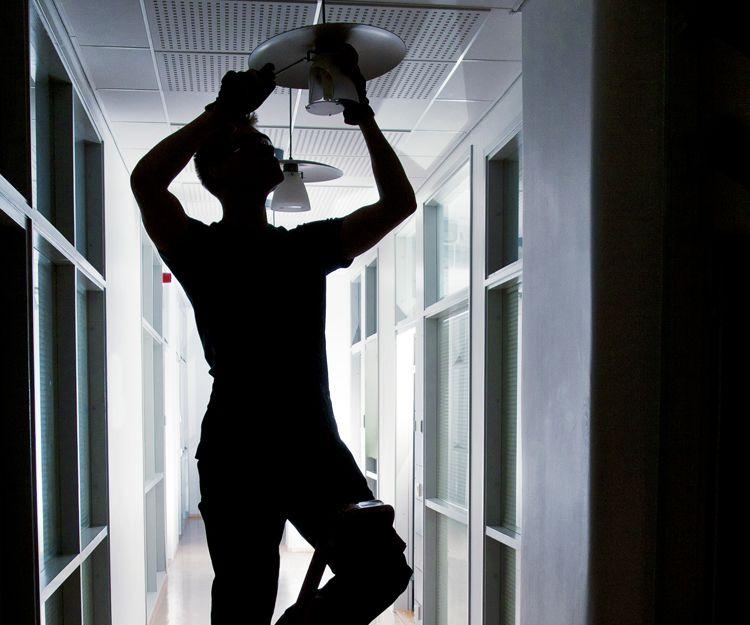 Limpieza y mantenimiento de oficinas en Madrid