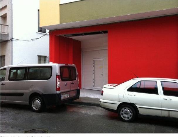 Reforma de local comercial - Enfoscado y pintura.
