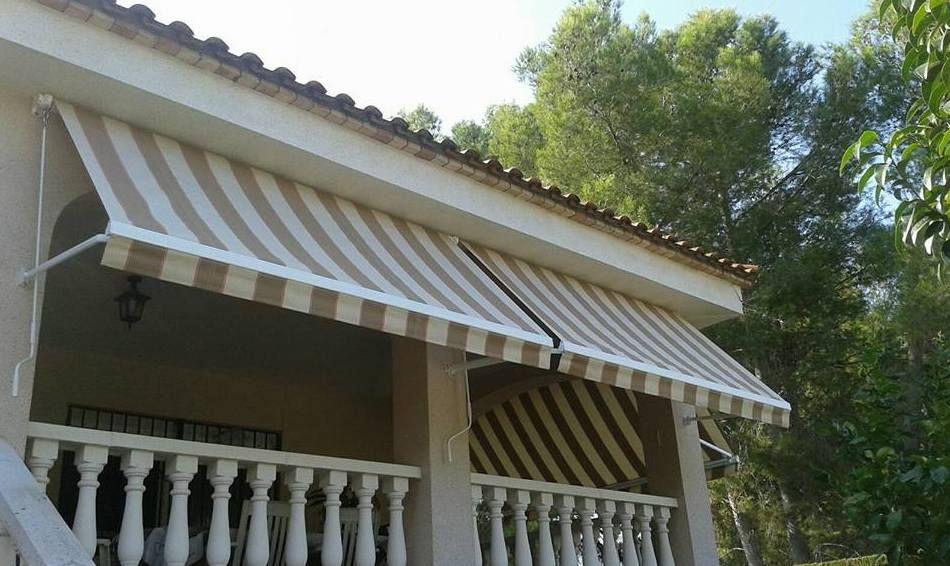 Toldos para terrazas en castell n gta toldos for Repuestos para toldos de terraza