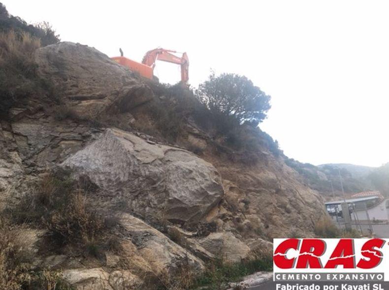 Foto 2 de Cemento expansivo demoledor en  | Kayati