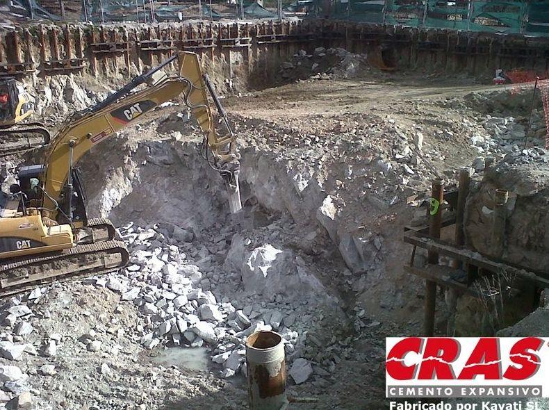Foto 1 de Cemento expansivo demoledor en  | Kayati