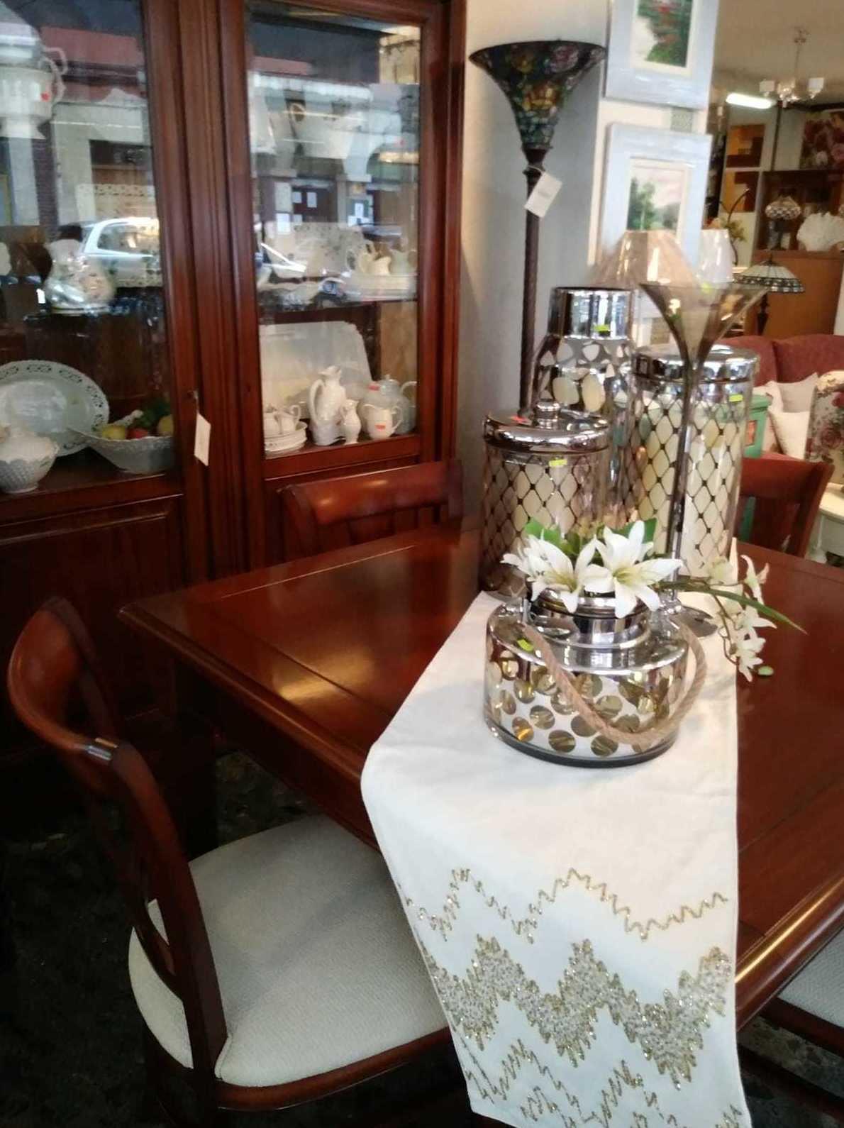 Muebles y mesas para salón, articulos decoración en León
