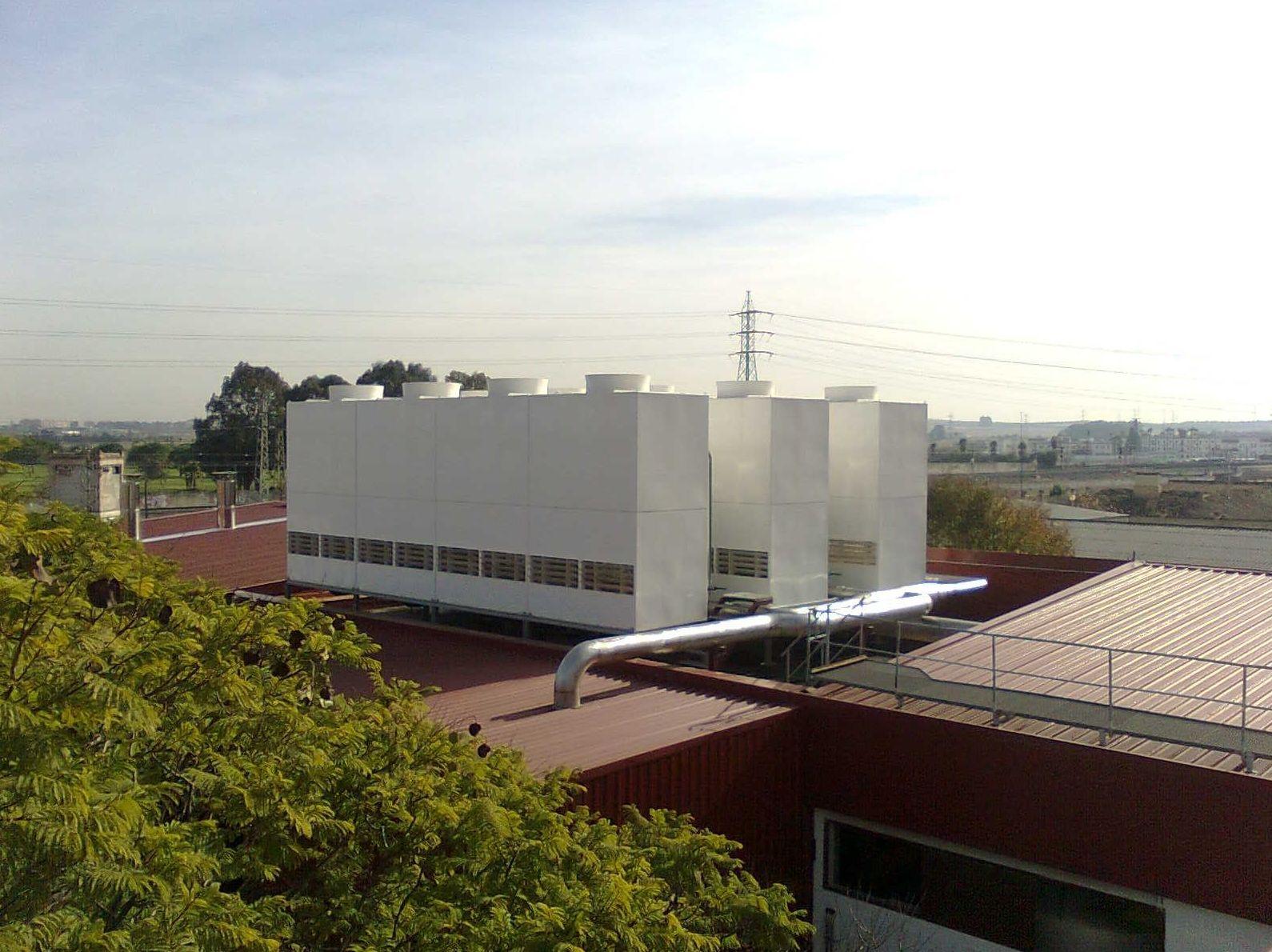 Las torres de refrigeración y los condensadores evaporativos son equipos completamente seguros