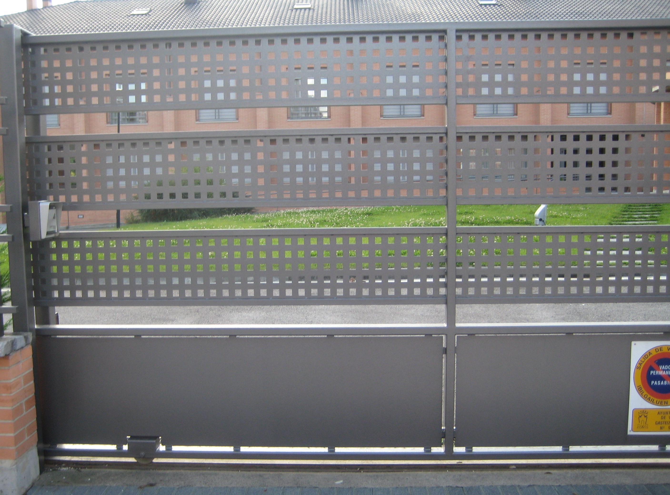 Foto 5 de Carpintería metálica y herrería en Vitoria-Gasteiz | Talleres Sabarte
