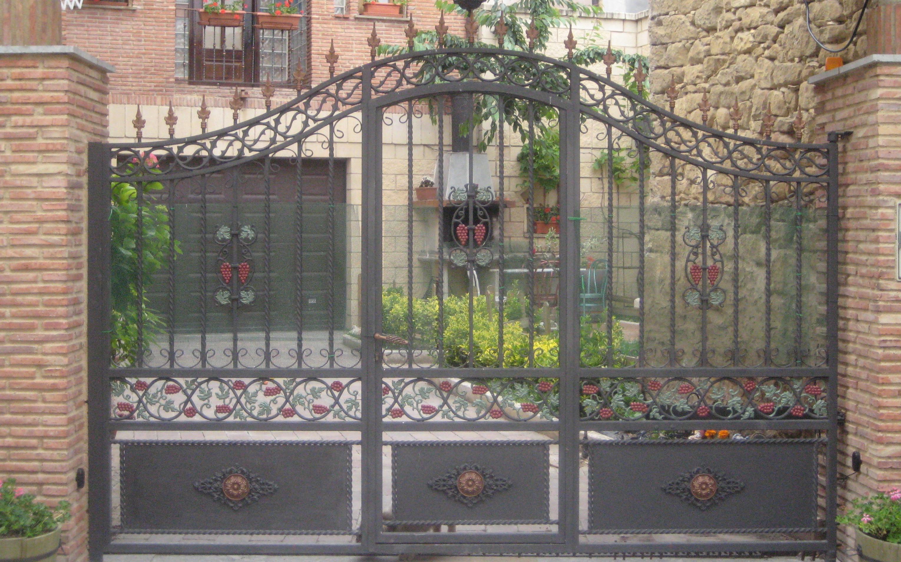 Foto 10 de Carpintería metálica y herrería en Vitoria-Gasteiz | Talleres Sabarte