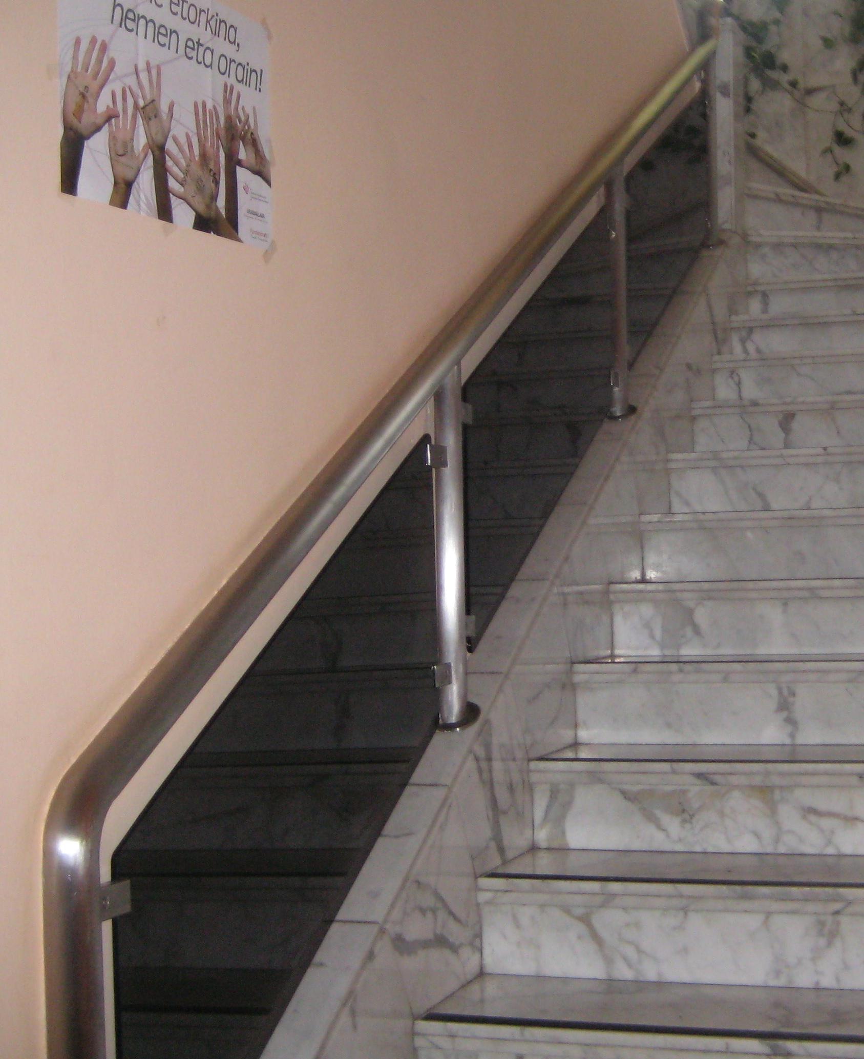 Foto 12 de Carpintería metálica y herrería en Vitoria-Gasteiz | Talleres Sabarte