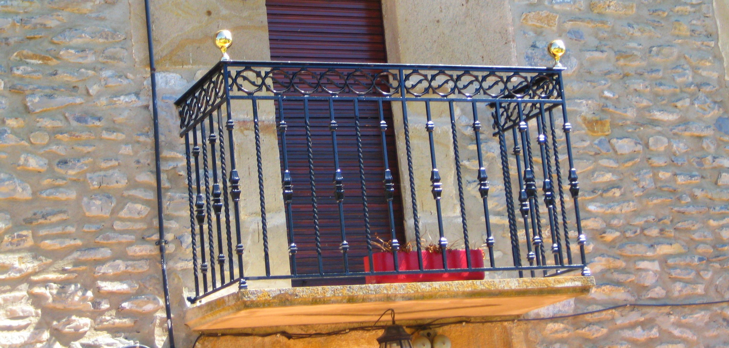 Foto 6 de Carpintería metálica y herrería en Vitoria-Gasteiz | Talleres Sabarte