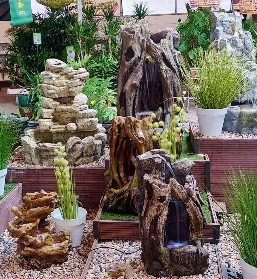 Zona de fuentes decorativas en Tenerife