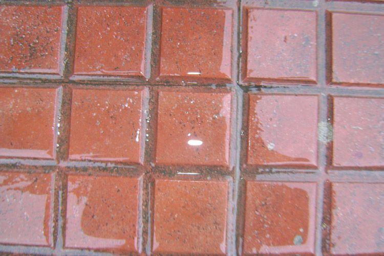 Suelos antideslizantes en todo tipo de pavimentos