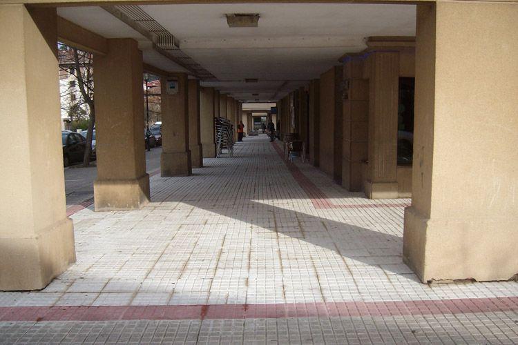 Colocación de suelos antideslizantes en Navarra