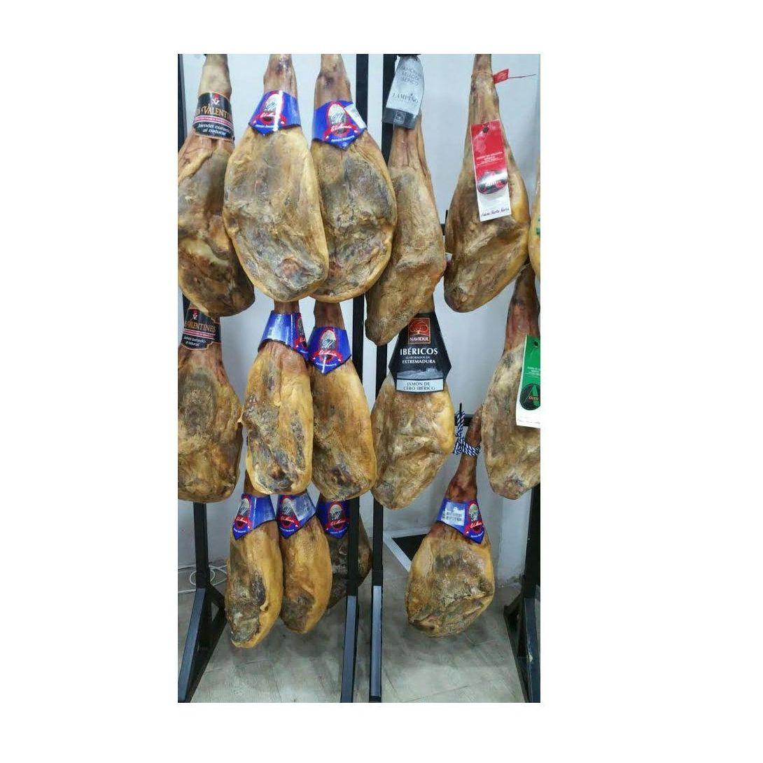 Jamones: Productos  de Charcuterías Mendoza