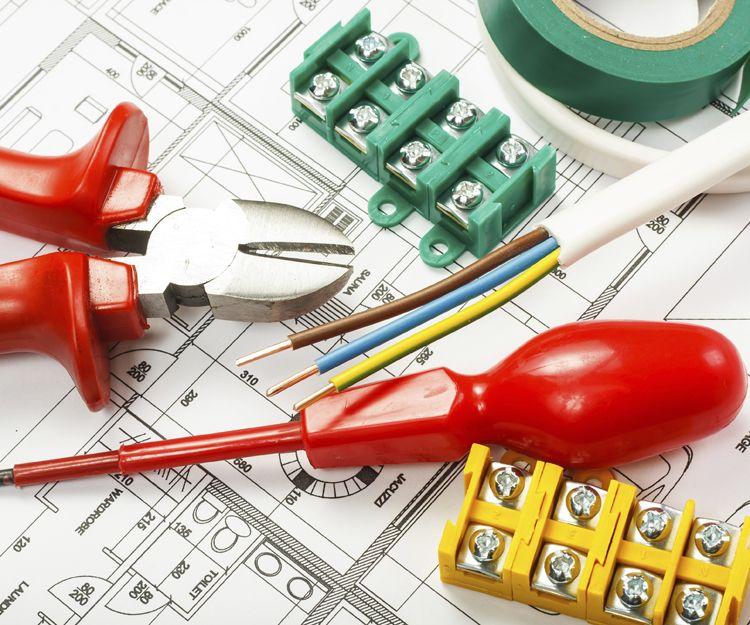 Empresa de montajes eléctricos industriales en Madrid