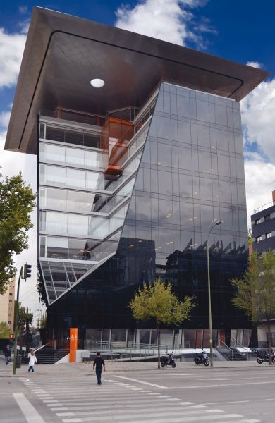 Edificios construidos con materiales prefabricados