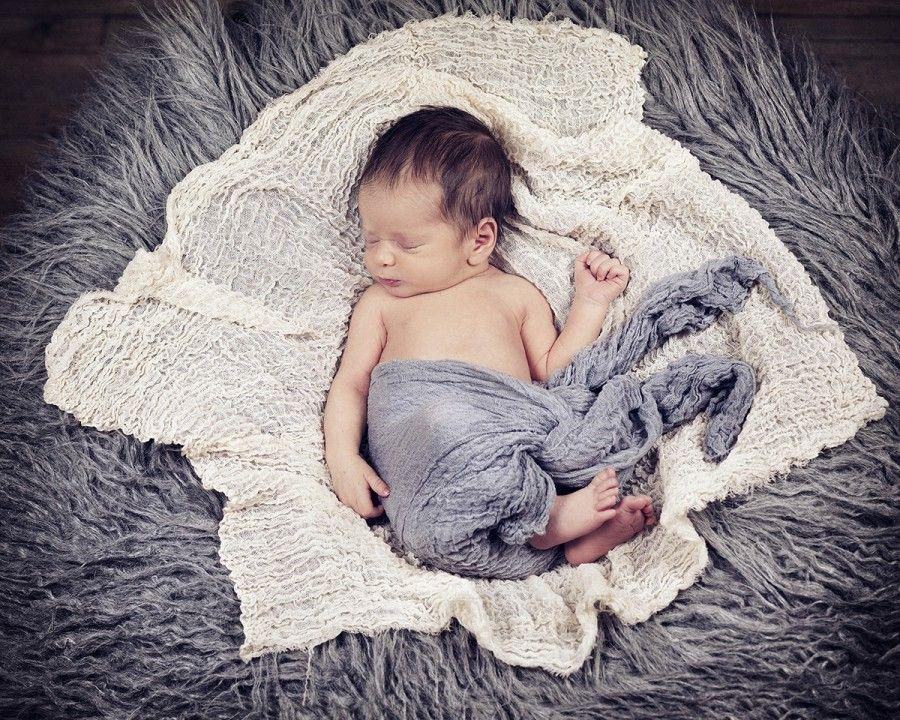 Fotografía creativa de recién nacidos en Bilbao