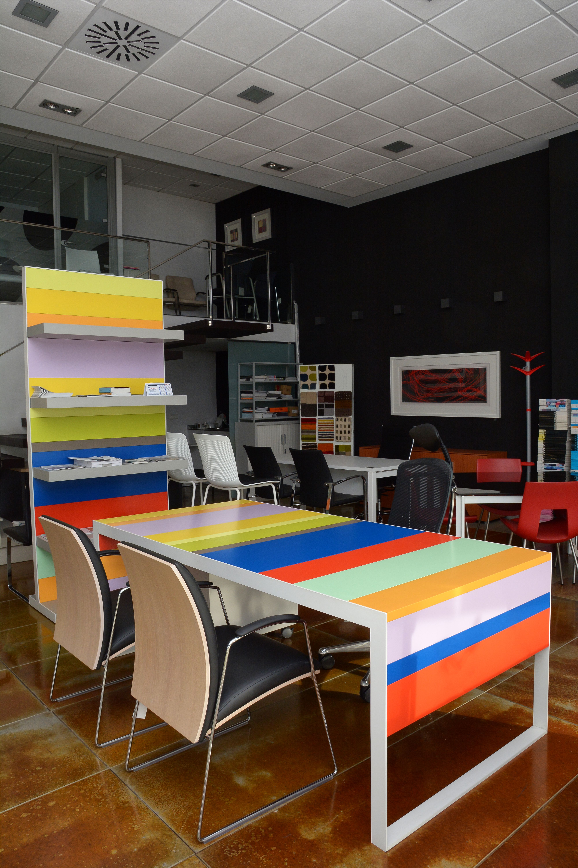 Mesa para reuniones