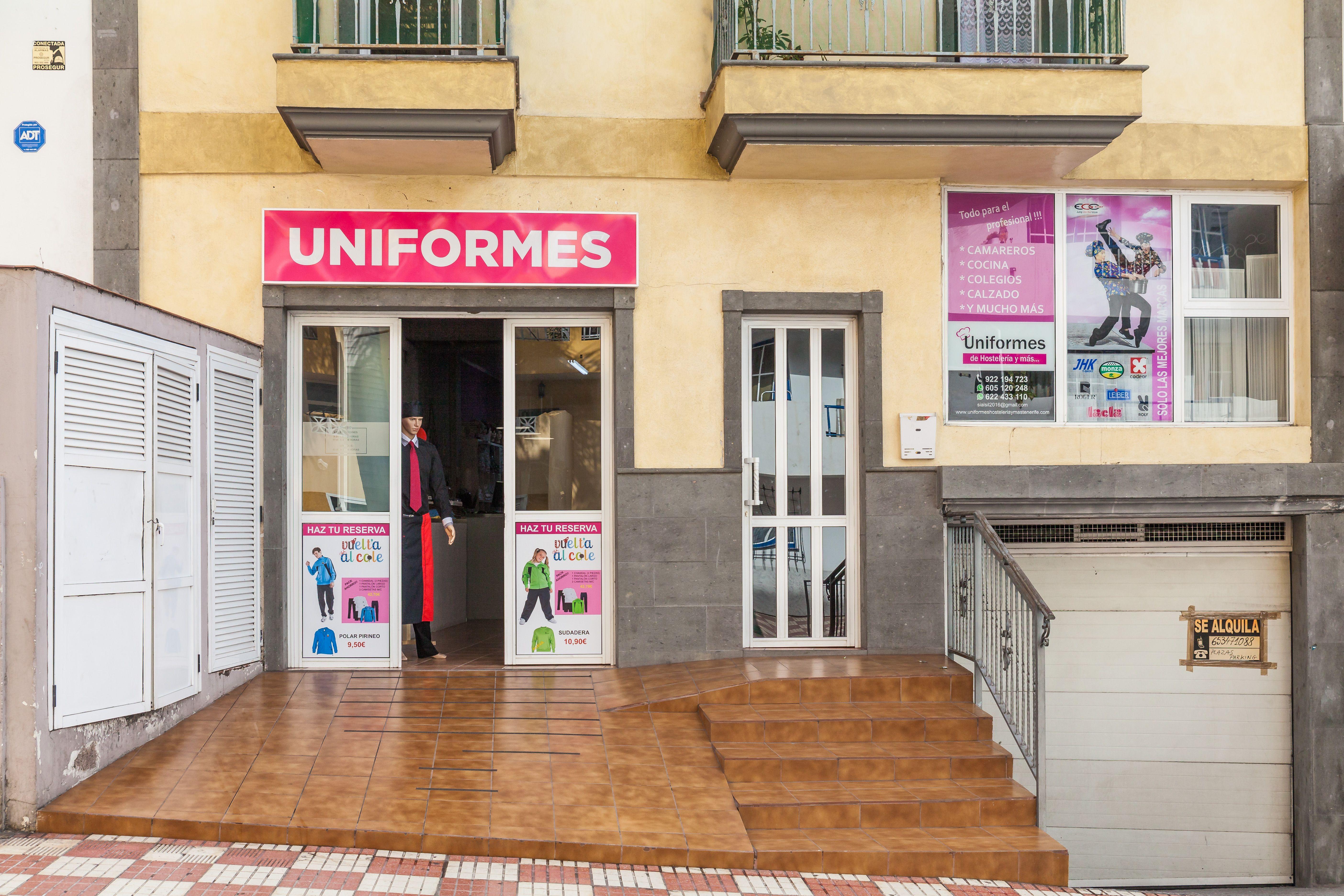 Foto 3 de Uniformes de hostelería en Adeje | Uniformes de Hostelería y Más...