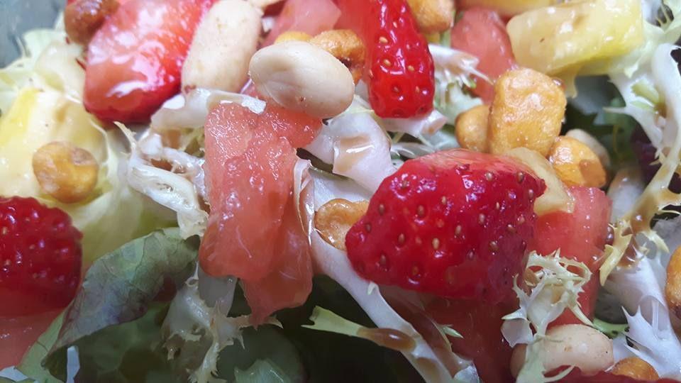 Ensaladas frescas con toque Traster: Nuestras propuestas de Restaurant El Traster