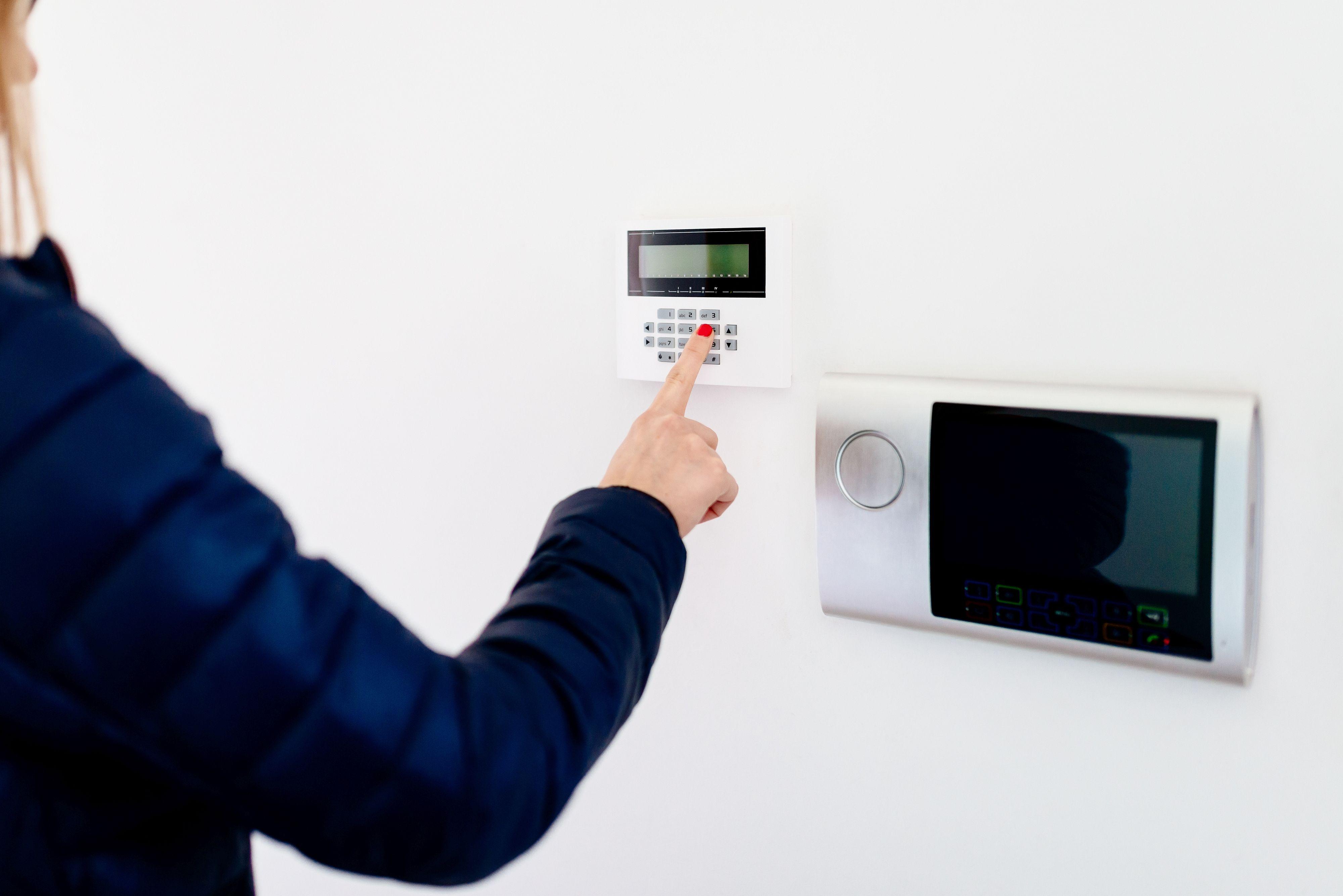 Instalación de alarmas y videoalarmas: Servicios de Domani Electricidad