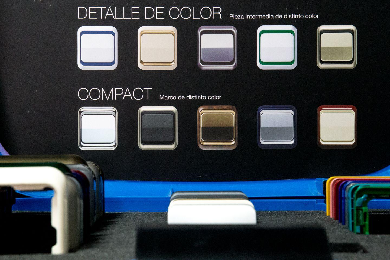 Interruptores de diferentes colores