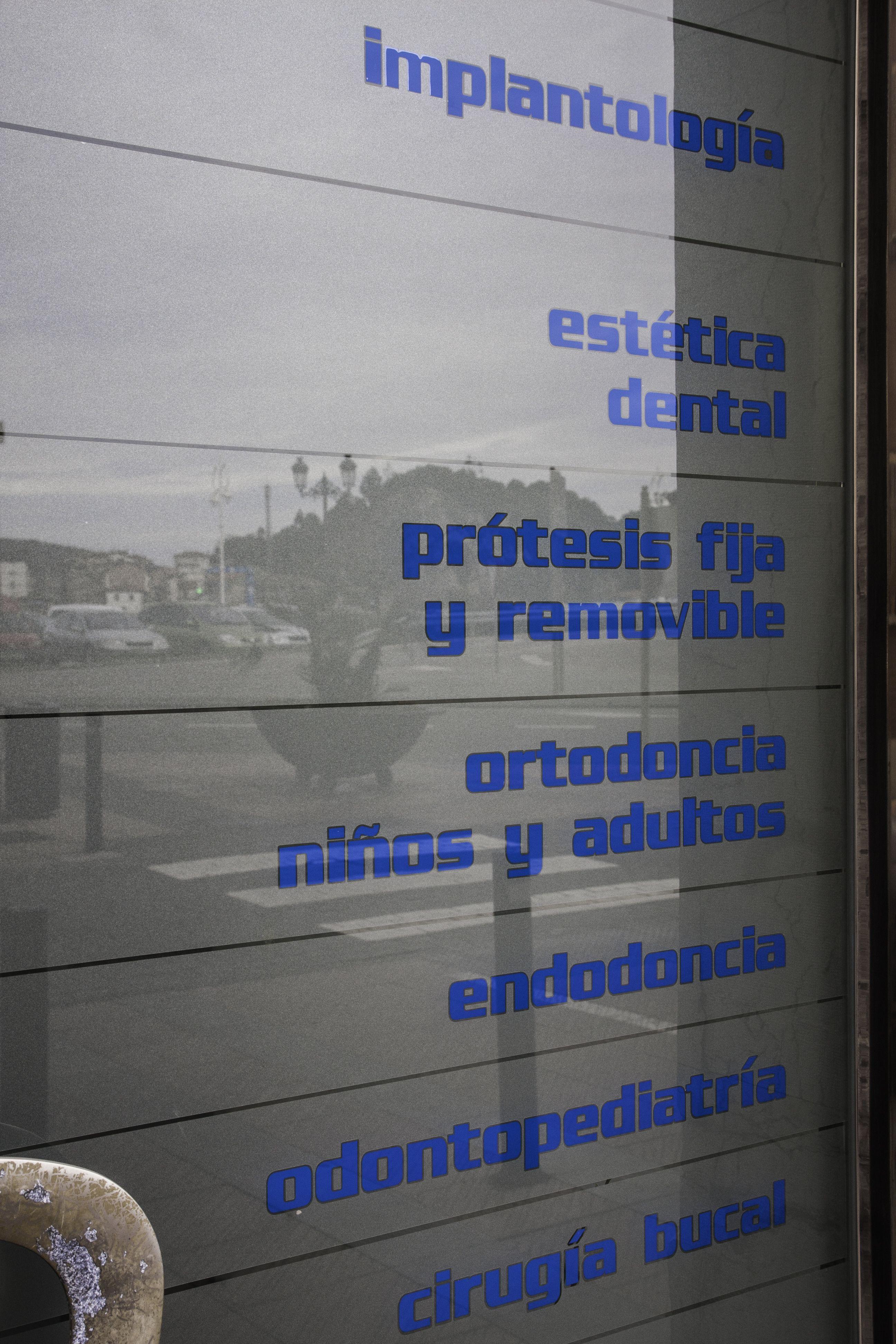 Foto 5 de Clínicas en Gijón | Clínica Dental Cuesta y Ruisánchez, S.L.